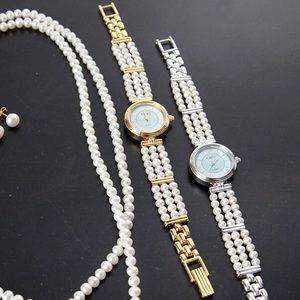 Gold Fresh water pearl watch